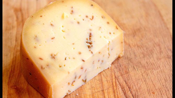 Köményes sajt kalória – Lehet fogyni köményes sajttal?